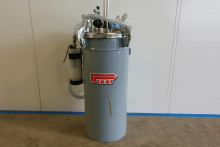Refurbished Pizzi 9021 5 Gallon Glue Tank